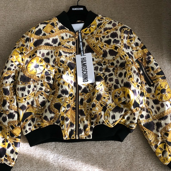 718831222 Moschino tv H&M Patterned Bomber Jacket NWT